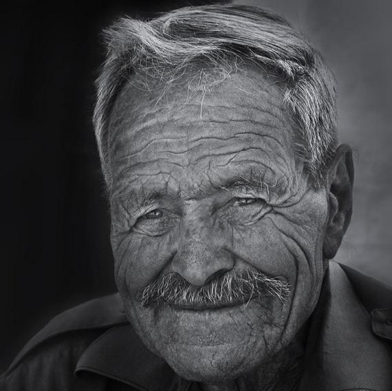 Impresionantes fotos retrato en blanco y negro de gente marginada blogerin - Fotos en blanco ...
