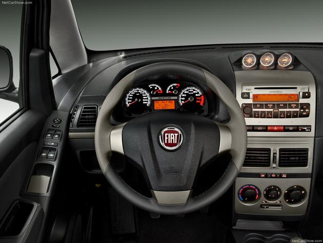 fiat idea 2012 interior 1 blogerin
