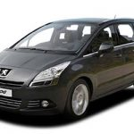 Nuevo-Peugeot-5008-2012