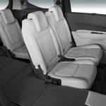 Peugeot 5008 interior (9)