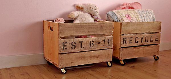 25 formas de reciclar tarimas de madera y convertirlas en for Mesas de madera de tarima