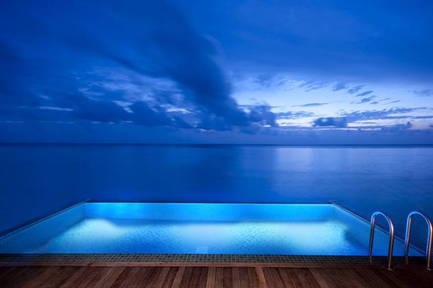 Ithaa el restaurante submarino en las maldivas blogerin for Hotel conrad maldivas islas rangali