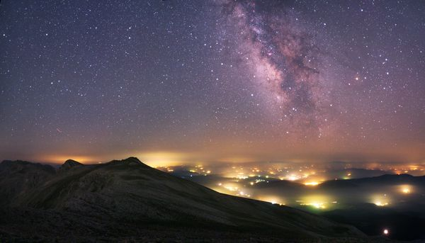 best-astro-photographs-space-pictures-2012-clouds-lights-milky-way