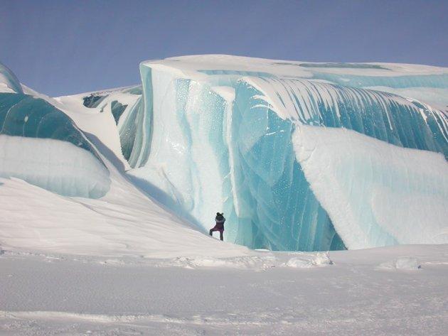 ola azul antartica
