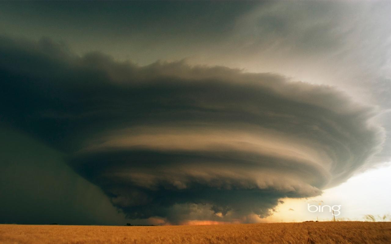 tornado_gigantesco-1280x800